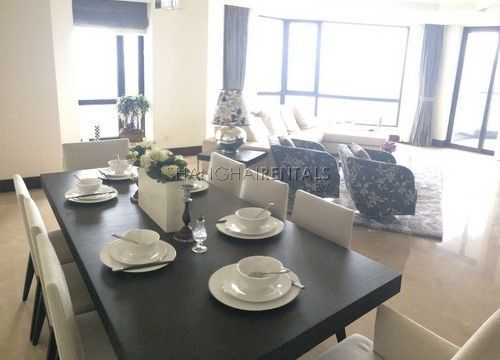 4-bedroom-apartment-in-chateau-pinnacle-in-changning-in-shanghai-for-rent4