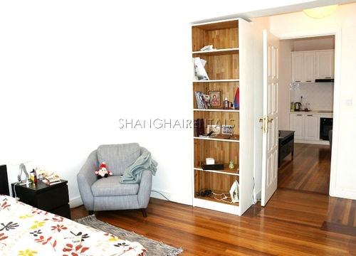 1-bedroom-apartment-in-in-xuhui-in-shanghai-for-rent1