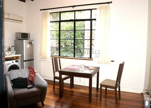 1-bedroom-apartment-in-in-xuhui-in-shanghai-for-rent3