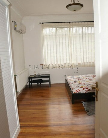 1-bedroom-apartment-in-in-xuhui-in-shanghai-for-rent9