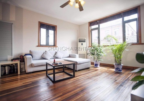 1-bedroom-in-duplex-in-former-french-concession-in-shanghai-for-rent1