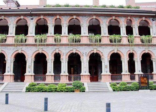 2-bedroom-apartment-at-sinan-mansion-in-former-french-concession-in-shanghai-for-rent1