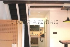2-bedroom-apartment-in-downtown-in-shanghai-for-rent3