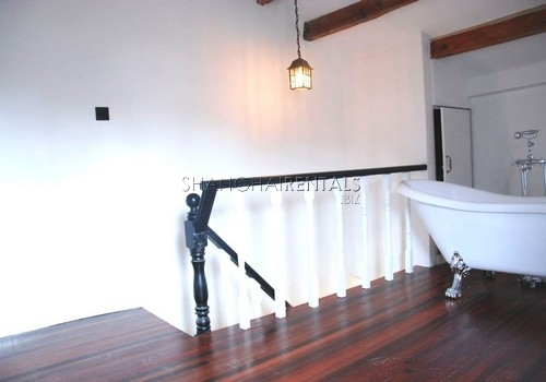 2-bedroom-apartment-in-downtown-in-shanghai-for-rent6