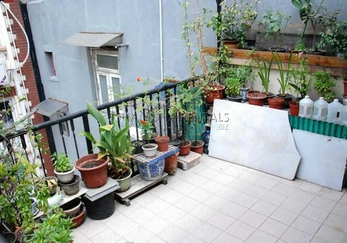 2-bedroom-apartment-in-downtown-in-shanghai-for-rent7