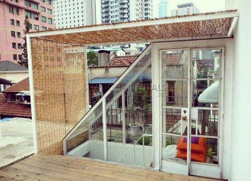 2-bedroom-apartment-in-jingan-in-shanghai-for-rent1