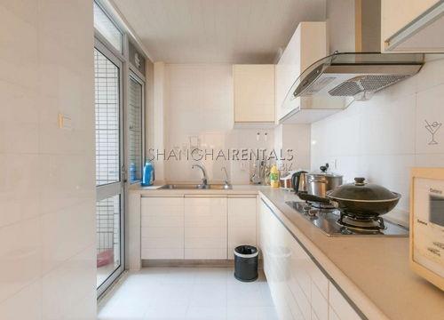 2-bedroom-apartment-in-xujiahui-in-shanghai-for-rent2