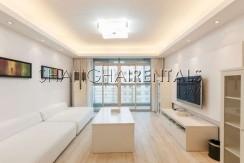2-bedroom-apartment-in-xujiahui-in-shanghai-for-rent4