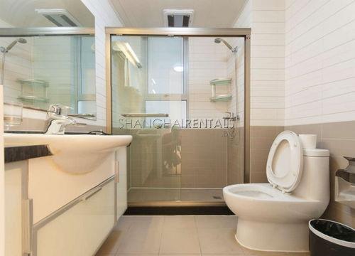 2-bedroom-apartment-in-xujiahui-in-shanghai-for-rent6