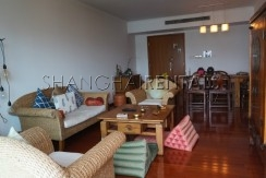 3-bedroom-apartment-at-wellignton-garden-in-xujiahui-in-shanghai-for-rent2