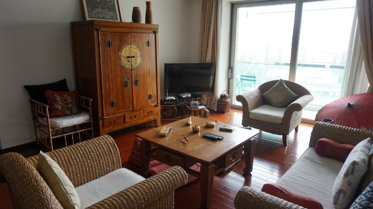 3-bedroom-apartment-at-wellignton-garden-in-xujiahui-in-shanghai-for-rent5