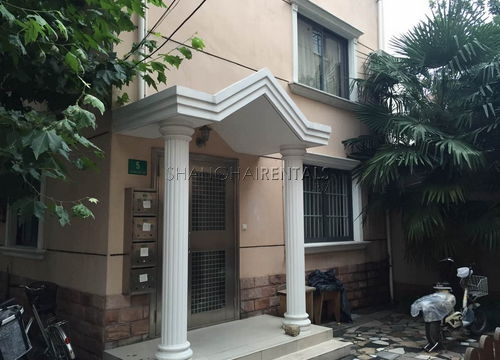 3-bedroom-apartment-in-former-french-concession-in-shanghai-for-rent6
