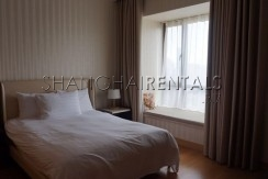 4-bedroom-apartment-at-central-residence-in-changning-in-shanghai-for-rent3