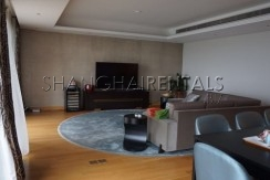 4-bedroom-apartment-at-central-residence-in-changning-in-shanghai-for-rent4
