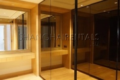 4-bedroom-apartment-at-central-residence-in-changning-in-shanghai-for-rent7