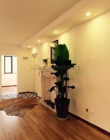 4-bedroom-apartment-in-former-french-concession-in-shanghai-for-rent1