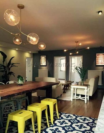 4-bedroom-apartment-in-former-french-concession-in-shanghai-for-rent7