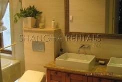 6-bedroom-villa-at-jiushi-western-suburban-garden-in-qingqu-in-shanghai-for-rent10