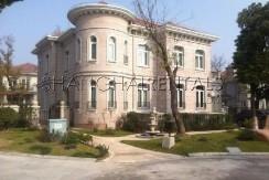 6-bedroom-villa-at-jiushi-western-suburban-garden-in-qingqu-in-shanghai-for-rent6