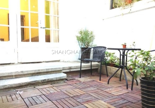 1-bedroom-apartment-in-jingan-in-shanghai-for-rent6