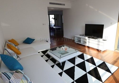 2-bedroom-apartment-at-xiangmei-garden-in-pudong-in-shanghai-for-rent1