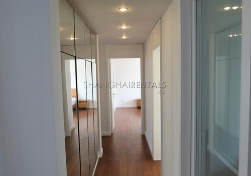 2-bedroom-apartment-at-xiangmei-garden-in-pudong-in-shanghai-for-rent2