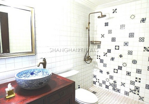 2-bedroom-apartment-former-french-concession-in-shanghai-for-rent1