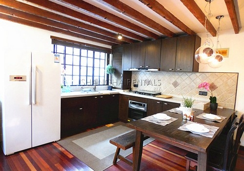 2-bedroom-apartment-former-french-concession-in-shanghai-for-rent13