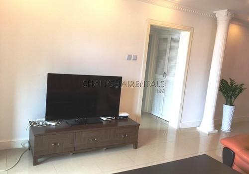 2-bedroom-apartment-in-changning-in-shanghai-for-rent1