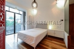 2-bedroom-apartment-in-former-french-concession-in-shanghai-for-rent12