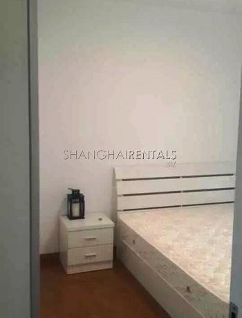 2-bedroom-apartment-in-jingan-in-shanghai-for-rent5