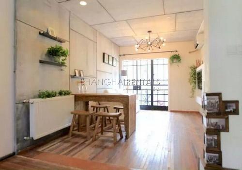 2-bedroom-apartment-in-jingan-in-shanghai-for-rent8