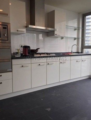 2-bedroom-apartment-in-pudong-in-shanghai-for-rent7