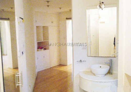 2-bedroom-apartment-in-xuhui-in-shanghai-for-rent1