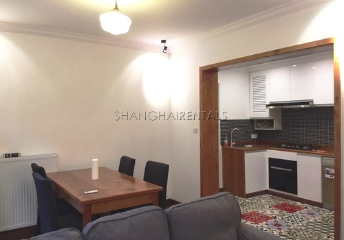 2-bedroom-apartment-in-xuhui-in-shanghai-for-rent2