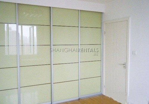 2-bedroom-apartment-in-xuhui-in-shanghai-for-rent3