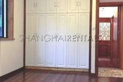 2-bedroom-apartment-in-xuhui-in-shanghai-for-rent5
