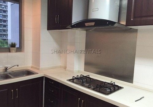 3-bedroom-apartment-at-hengsheng-garden-in-changning-in-shanghai-for-rent3