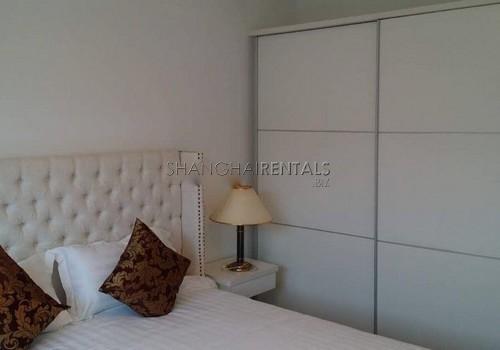 3-bedroom-apartment-at-hengsheng-garden-in-changning-in-shanghai-for-rent5