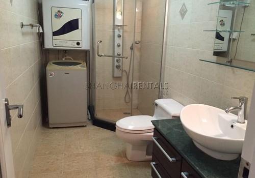 3-bedroom-apartment-at-hengsheng-garden-in-changning-in-shanghai-for-rent9