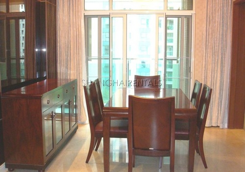 3-bedroom-apartment-at-ladoll-in-jingan-in-shanghai-for-rent2