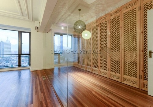 3-bedroom-apartment-at-the-summit-in-xujiahui-in-shanghai-for-rent13
