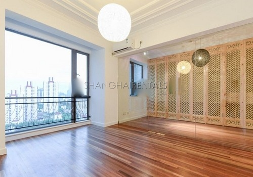 3-bedroom-apartment-at-the-summit-in-xujiahui-in-shanghai-for-rent2