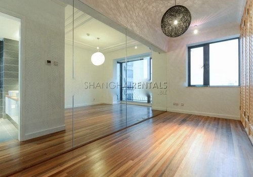 3-bedroom-apartment-at-the-summit-in-xujiahui-in-shanghai-for-rent5