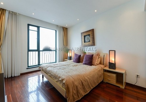 3-bedroom-apartment-at-yanlord-garden-in-pudong-in-shanghai-for-rent12