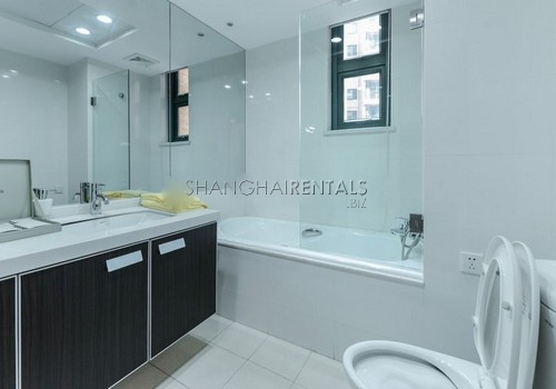 3-bedroom-apartment-at-yanlord-garden-in-pudong-in-shanghai-for-rent14