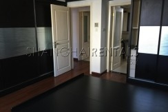 3-bedroom-apartment-in-jingan-in-shanghai-for-rent2