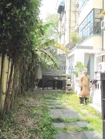 3-bedroom-house-in-xuhui-in-shanghai-for-rent1