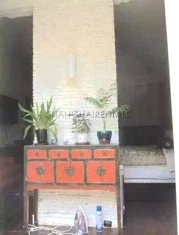 3-bedroom-house-in-xuhui-in-shanghai-for-rent2