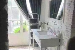 3-bedroom-house-in-xuhui-in-shanghai-for-rent5